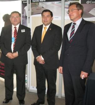 Con el Secretario Protección Civil del Gobierno mexicano, Lic. Fausto Lugo