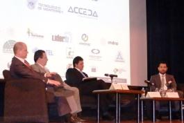 Con la Secretaría de Economía Federal de México